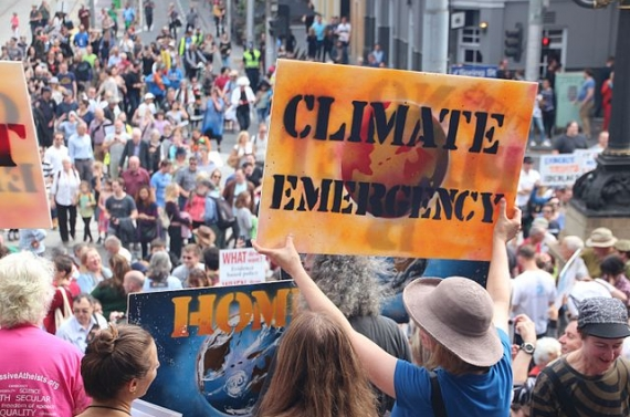 Climate_emergency_-_Melbourne_-MarchforScience_on_-Earthday_(33366528414)