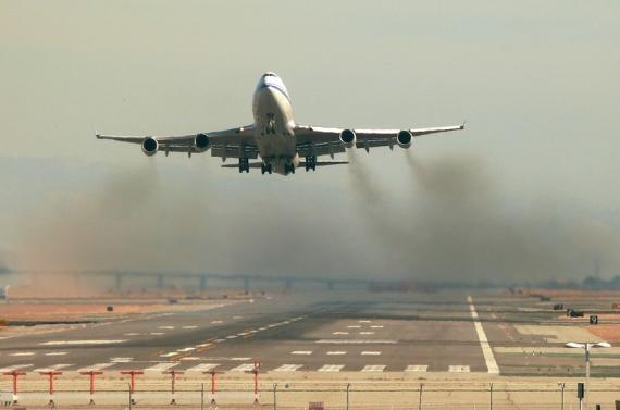 Quanto inquinano gli aerei? Le emissioni del trasporto aereo