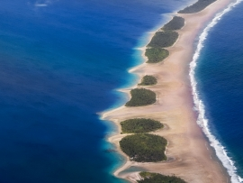Jaluit Atoll Lagoon, Marshall Islands. Foto di Keith Polya su Flickr: https://www.flickr.com/photos/102182523@N07/9811274503/in/datetaken/